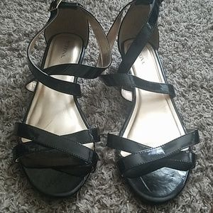 Shoes - Brand new strappy sandals